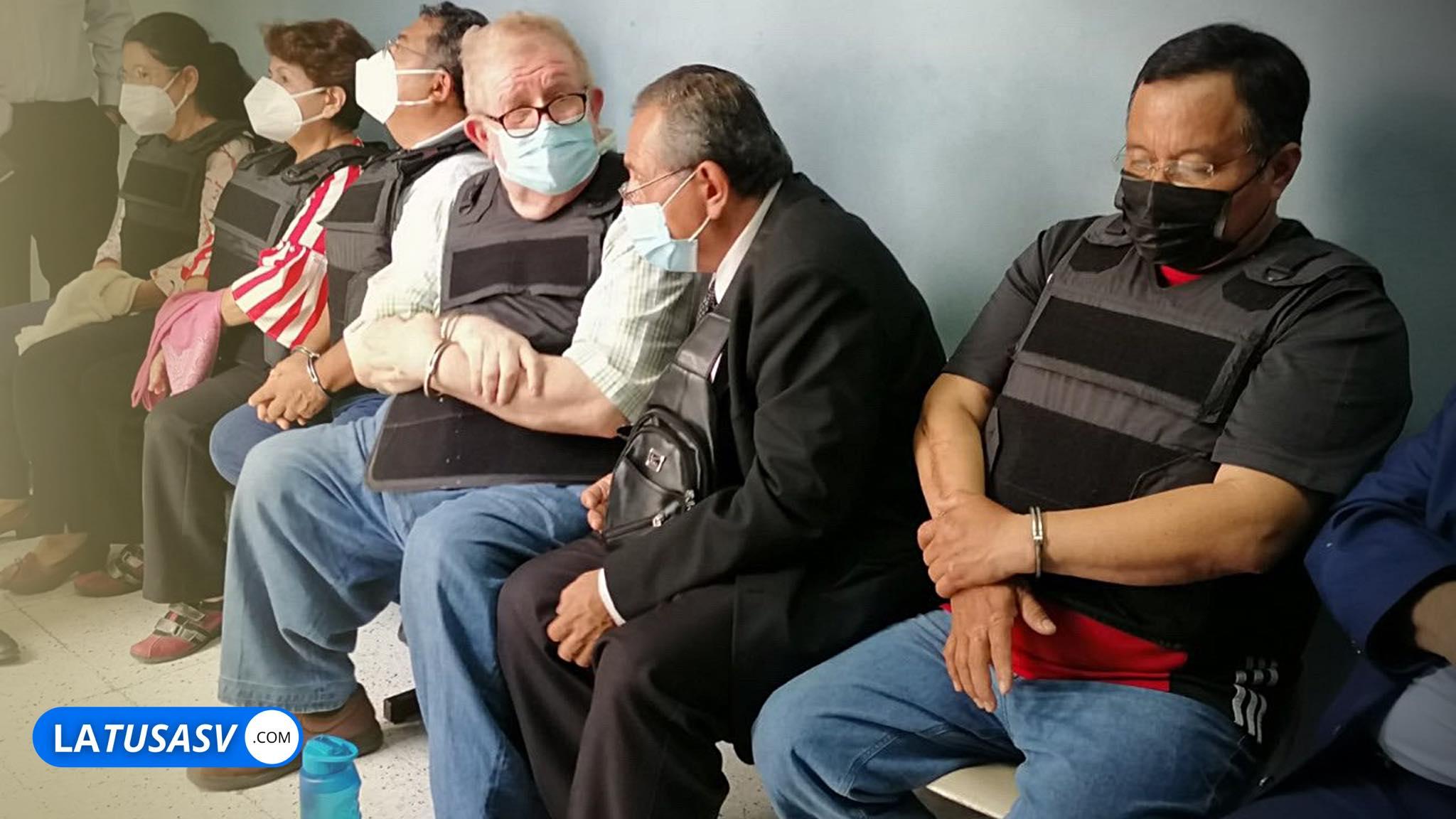 Juez decreta detención provisional para los 5  detenidos del FMLN por sobresueldos y lavado de dinero